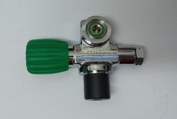 Right-sided valve 232 bar for sidemount with cap O2 clean